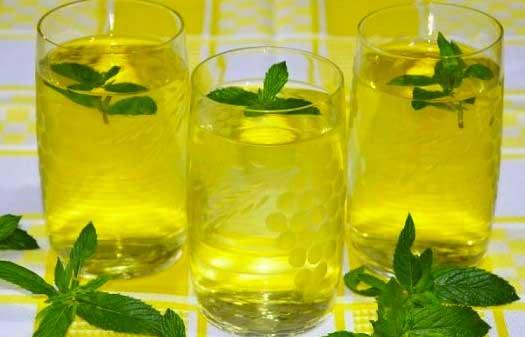 лимонено-ментова напитка