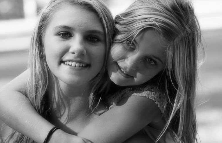 по-голямата ми сестра