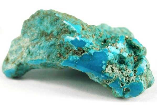 естественият камък
