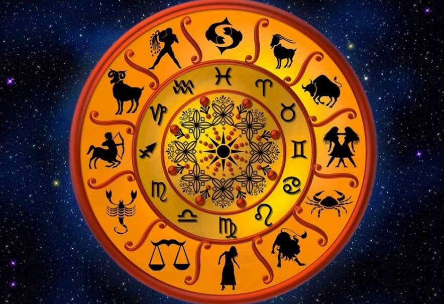 Месечен хороскоп август 2021